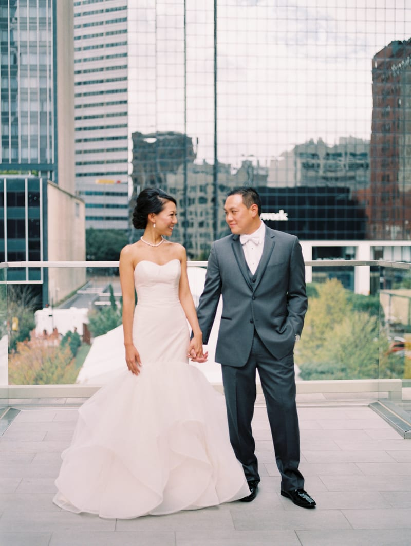 the-joule-hotel-dallas-wedding-29